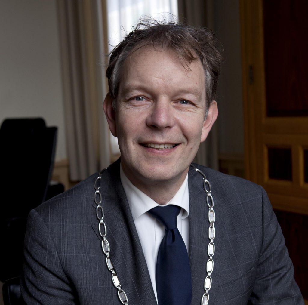 Preek van de Leek: Burgemeester Roell